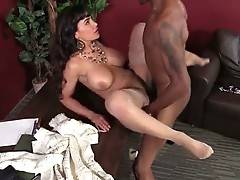 Horny black guy Isiah and awesome white milf Lisa Ann fuck in office.